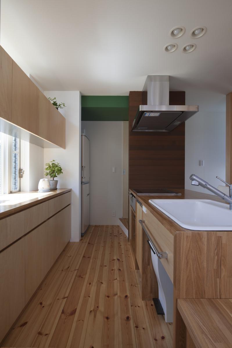 キッチン事例:内観7(磯子の家)