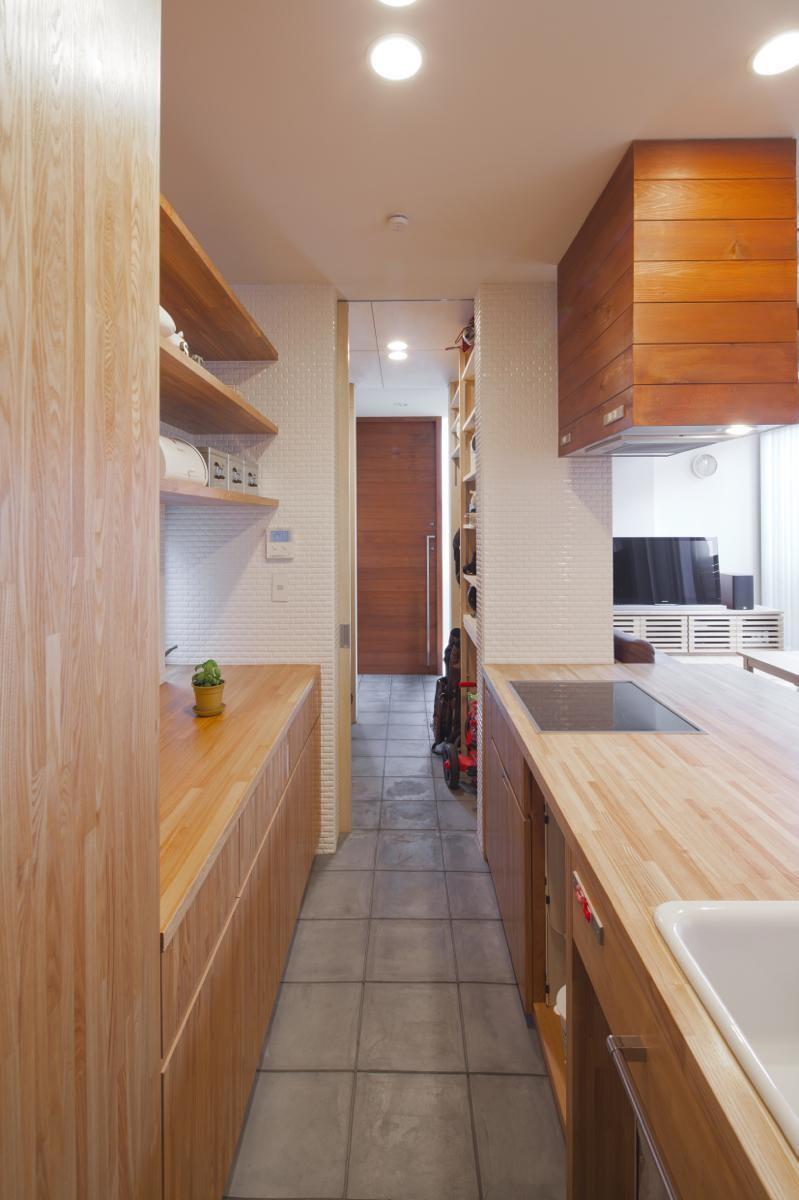 キッチン事例:内観11(辻堂の家)