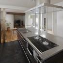 リノベでこだわりの住まいを実現!の写真 デザイン性の高いアイランドキッチン