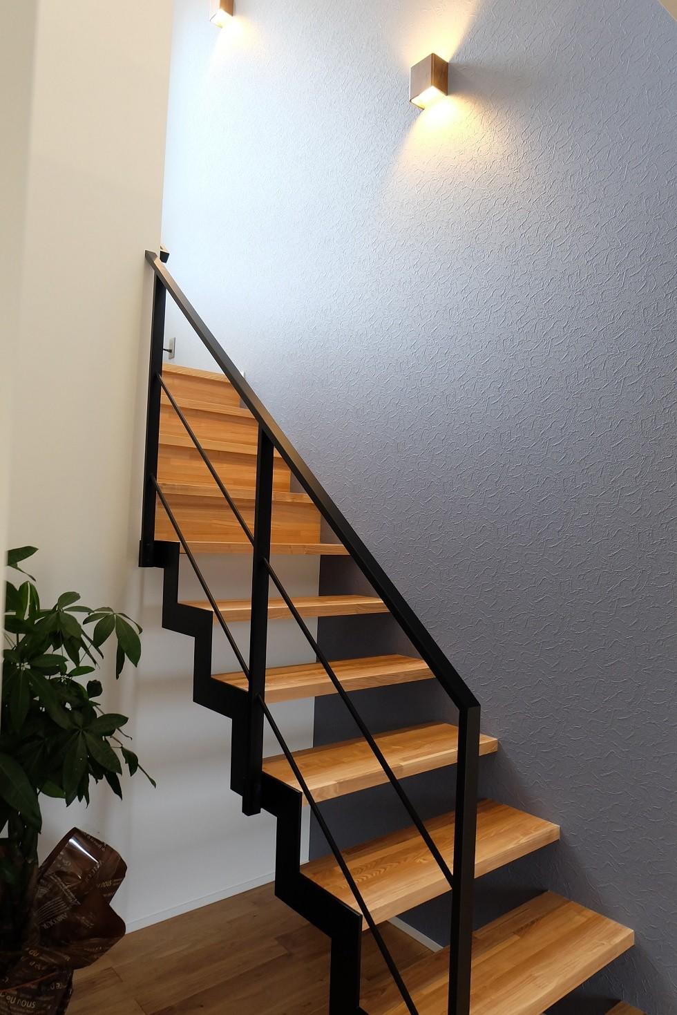 その他事例:階段(なぐるみの家)