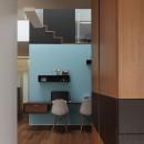 仕事場のある住まい|あなたの場所・自分の居場所を創る|みずみずしいブルーが印象的なWorking Spaceの写真 Working Space