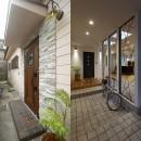 リノベでこだわりの住まいを実現!の写真 自転車も置ける広々玄関