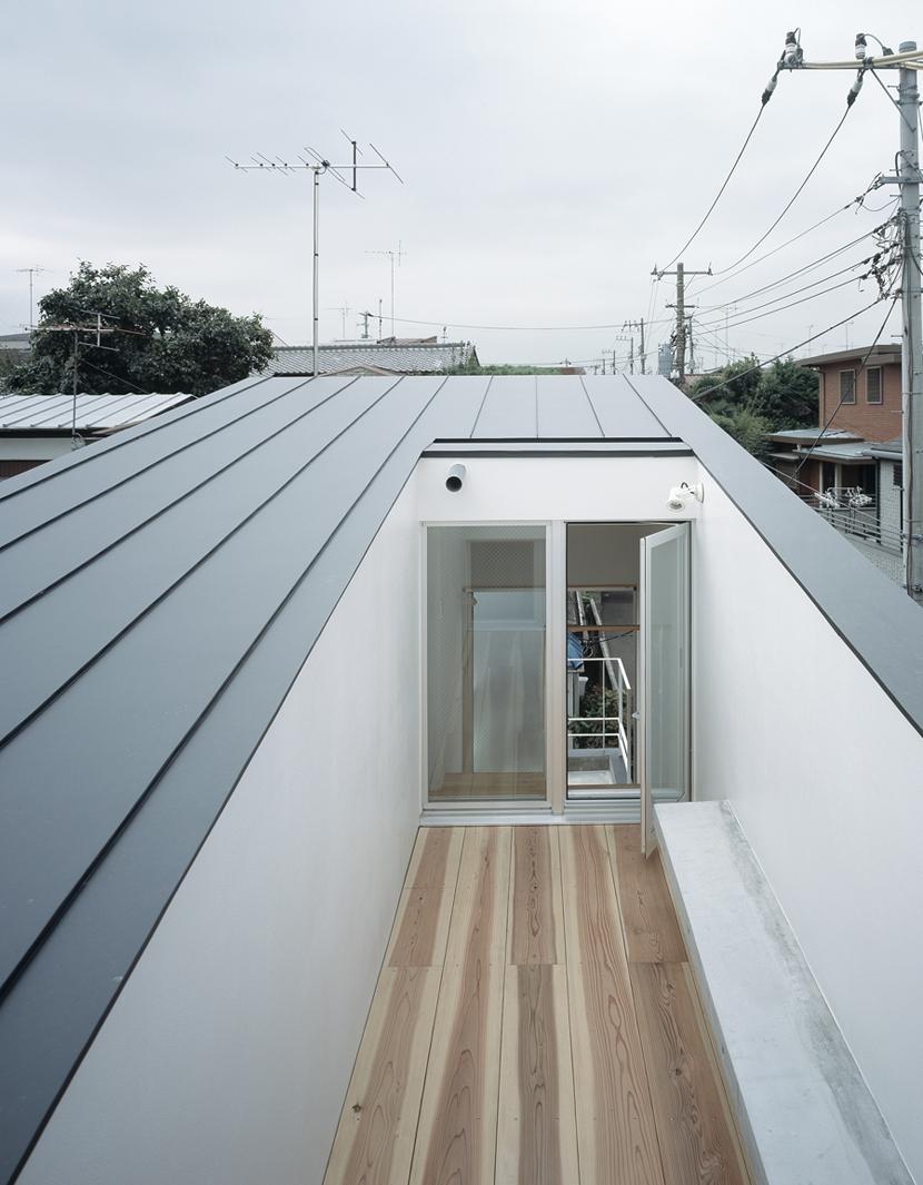 代沢の住宅 / 11坪の店舗付住宅の部屋 屋上テラス