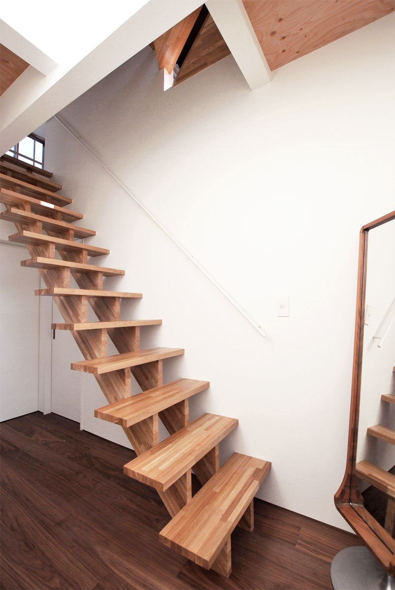 玄関事例:エントランス(福岡市今川の家/ルーフバルコニーのある狭小住宅)