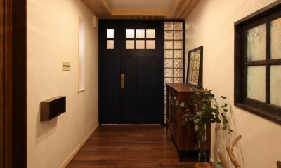 福貴の家~奈良県吉野材の長期優良住宅~ (玄関)