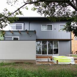 広山の家~ビルトインガレージのあるコートハウス~ (外観)
