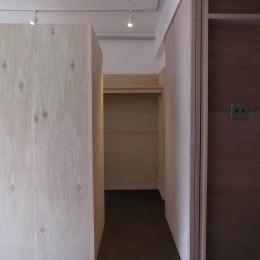 恵比寿西マンションリノベーション (寝室収納)