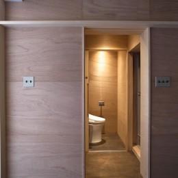 恵比寿西マンションリノベーション (洗濯脱衣室・トイレ)