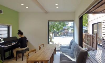 お菓子の家~店舗併設2世帯住宅。隠れ家的小さなお菓子工房のあるおうち~ (離れの1階はカフェスペース)