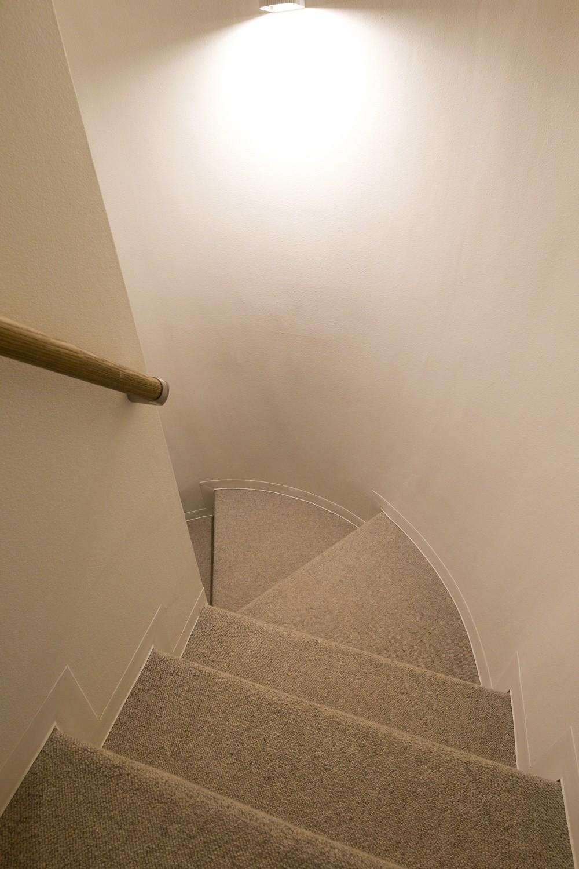 その他事例:階段(M様邸_こだわりキッチンのシンプル空間)