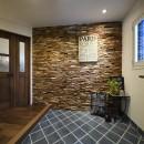 2世帯から1世帯へ リノベーションは大切な想い出とともにの写真 ヴィンテージスタイルの玄関