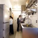K邸-家は仕事を支える大切な場所。暮らしが心地よいと仕事もうまくいくの写真 キッチン