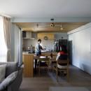 K邸-心地よくて合理的、リノベーションの新しいスタンダードを感じる家の写真 ダイニングキッチン