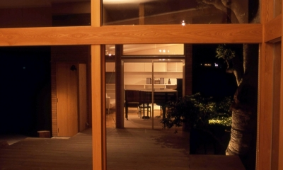 小松島の家 / 「間」に住まう (リビング、テラス、音楽室)