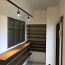 レトロと暮らす 明石市マンションリノベーションの写真 玄関
