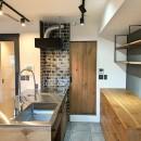 レトロと暮らす 明石市マンションリノベーションの写真 キッチン