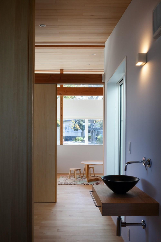 青葉台の家 (手洗いスペース)