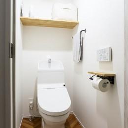 CIRCUIT (ヘリンボーン床トイレ@CIRCUIT)