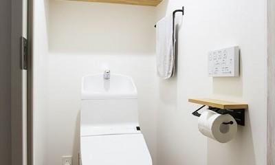 ヘリンボーン床トイレ@CIRCUIT|CIRCUIT