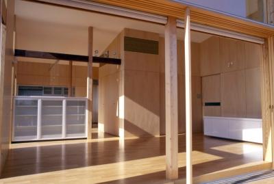 小松島の家 / 「間」に住まう (リビング、テラス)