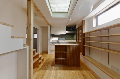 ダイニング・キッチン (T様邸_3世代の思いをつつみこむ家)