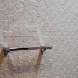 無垢材のやさしさ (洗面室)