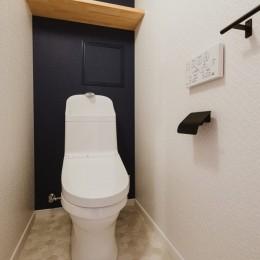 無垢材のやさしさ (トイレ)