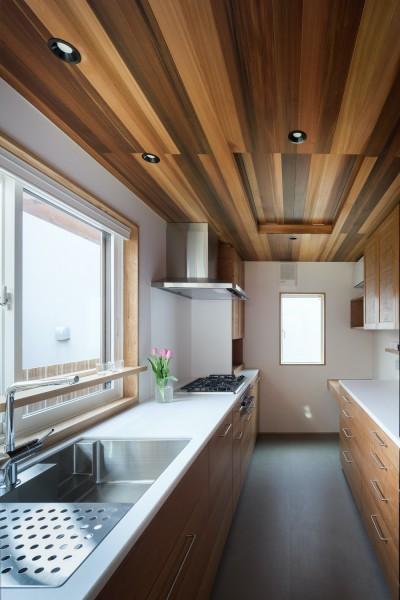 キッチン (深沢の家)