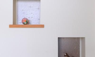 北欧家具と暮らす家~両親から譲り受けた古家の思い出をちりばめた家~ (玄関)