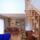 北欧家具と暮らす家~両親から譲り受けた古家の思い出をちりばめた家~の写真 LDK