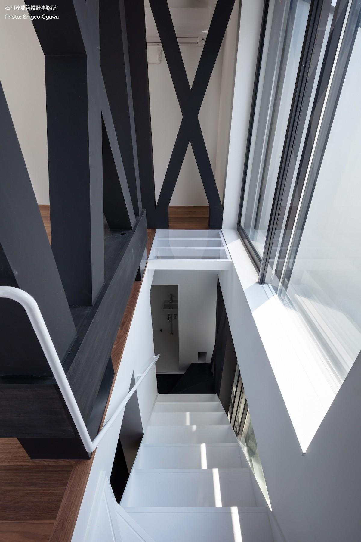 その他事例:2階リビングへ(公園前の家 OUCHI-44)