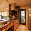 おもてなしの心あふれる和モダンな家の写真 キッチン