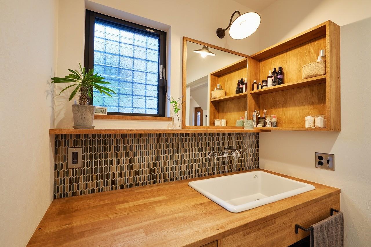 バス/トイレ事例:洗面スペース(おもてなしの心あふれる和モダンな家)