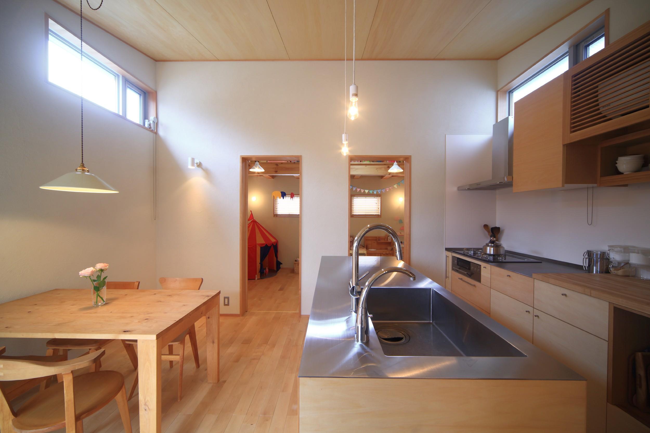 キッチン事例:ダイニングキッチン(シンプル+ナチュラルな家~2人の好きをMIXした家~)