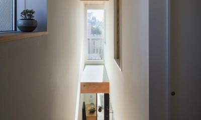 たまプラーザの家(2世帯住宅) (階段)