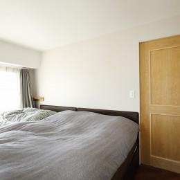デッドスペースのない家 (寝室)