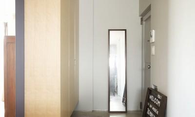 デッドスペースのない家 (玄関)
