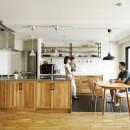 北欧インテリアのカフェハウスの写真 リビングダイニング