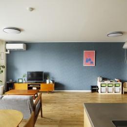 北欧インテリアのカフェハウス