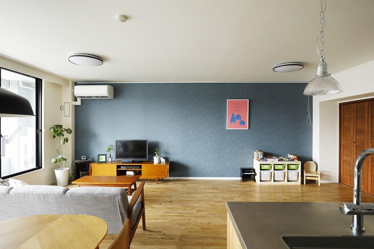リビングダイニング事例:リビング(北欧インテリアのカフェハウス)