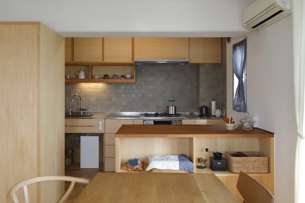 中古マンションのリノベーション~木の温もりのあるオーダーキッチンとオーダー家具~ (ダイニングキッチン)