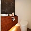 S様邸_非日常と日常を楽しむ ~DualLife Part.1~の写真 トイレ