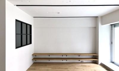 ワークスペースがあるナチュラルの開放的な空間