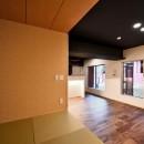 小上がりのある和モダンスタイルリノベーションの写真 和室