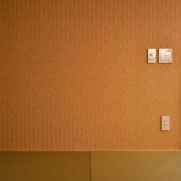 小上がりのある和モダンスタイルリノベーション (和室)
