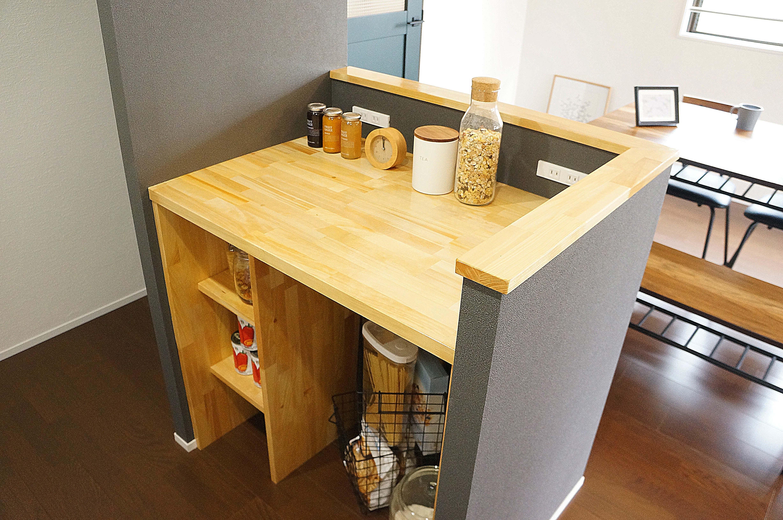 キッチン事例:キッチン 造作カウンター(落ち着いたカラーで楽しむリノベーション)