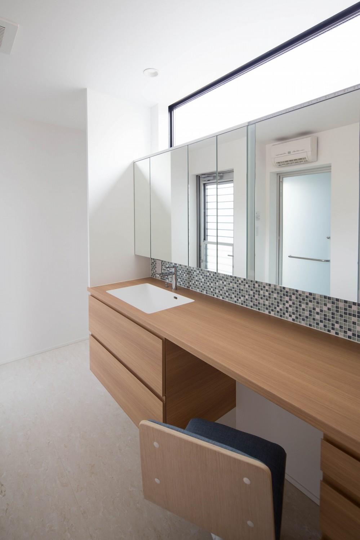 バス/トイレ事例:洗面室(一之江の家)