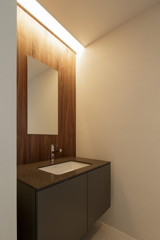バス/トイレ事例:洗面室(春日の家)
