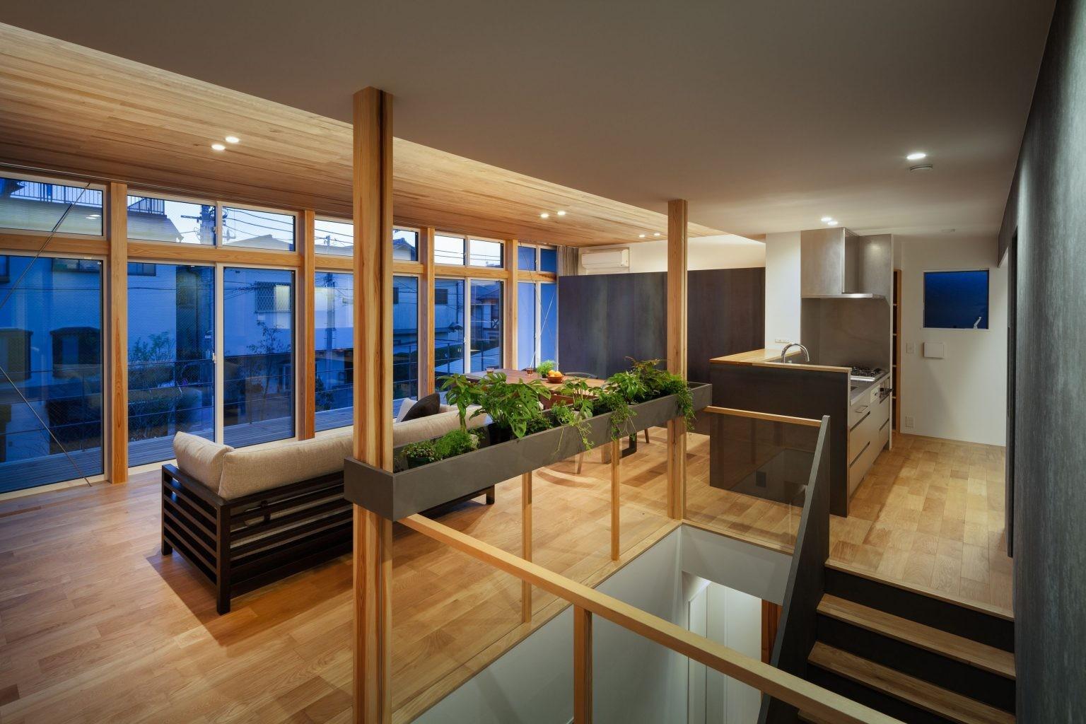リビングダイニング事例:2階LDK(夜景)(早宮の家)