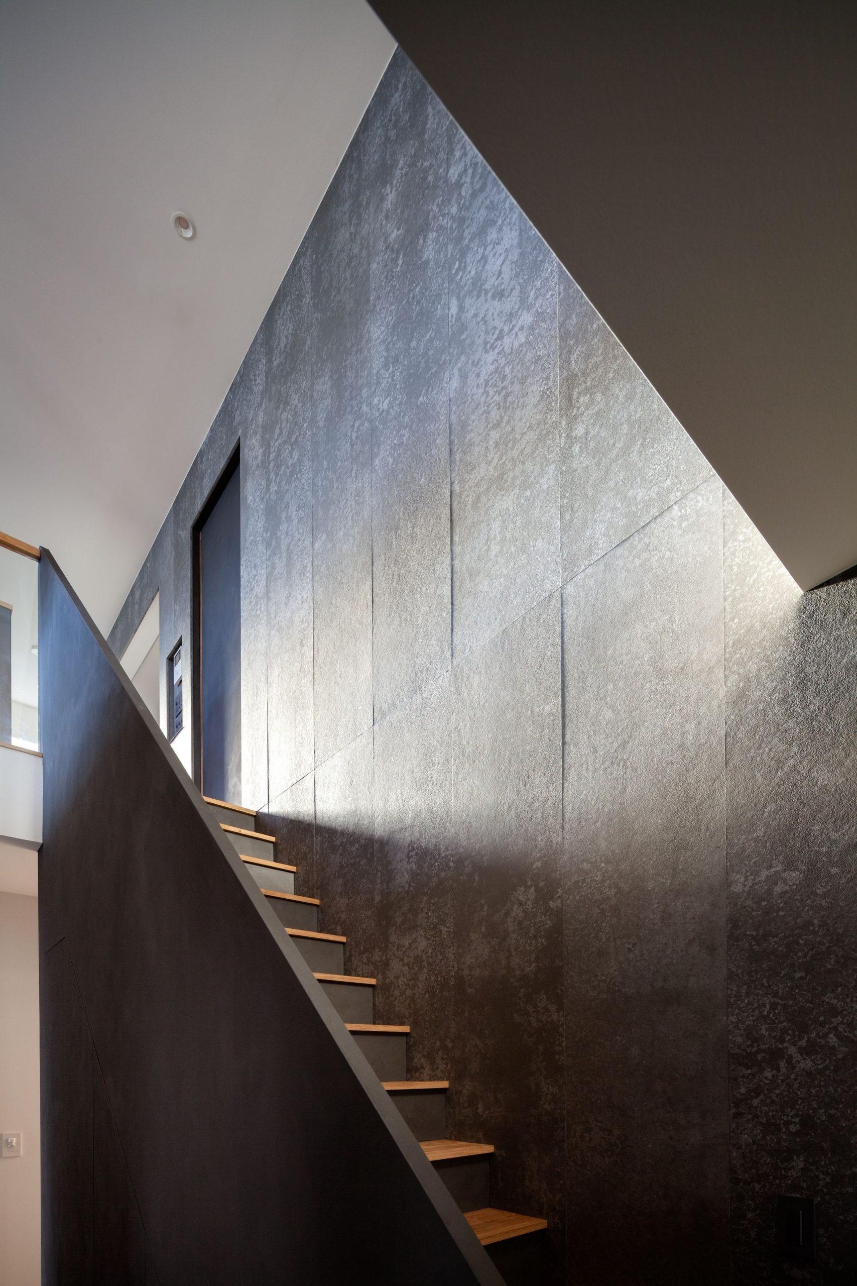 その他事例:階段ディティール(早宮の家)